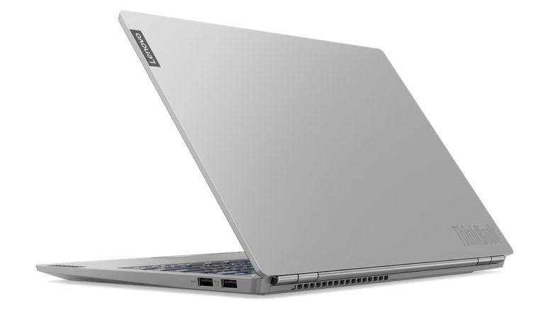 Idealnym kompromisem jestLenovo ThinkBook 13s,którego wydajność jak i możliwości czynią z laptopa idealny laptop biurowy