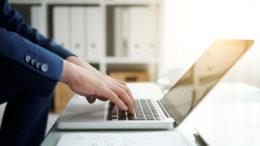 Wraz z kolejnym rokiem producenci laptopów wypuszczają na rynek kolejne produkty
