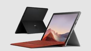 Microsoft Surface Pro 7 wygląda z pozoru jak niczym nie wyróżniający się, większy tablet