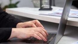 Laptopy (ale i ogólnie - komputery) stały się jedną z ważniejszych części życia każdego z nas