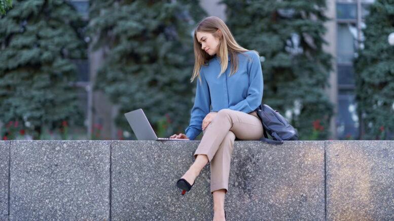 W przypadku, gdy decydujemy się na zakup nowego laptopa, często czeka nas trudne zadanie